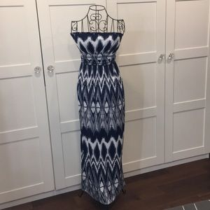 Strapless navy and white ikat maxi with POCKETS!